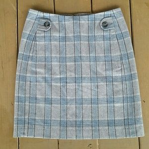 Banana Republic wool blend above knee A-line skirt